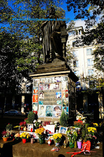 Michael Jackson Shrine at the statue of Orlando di Lasso, Munich, Germnay