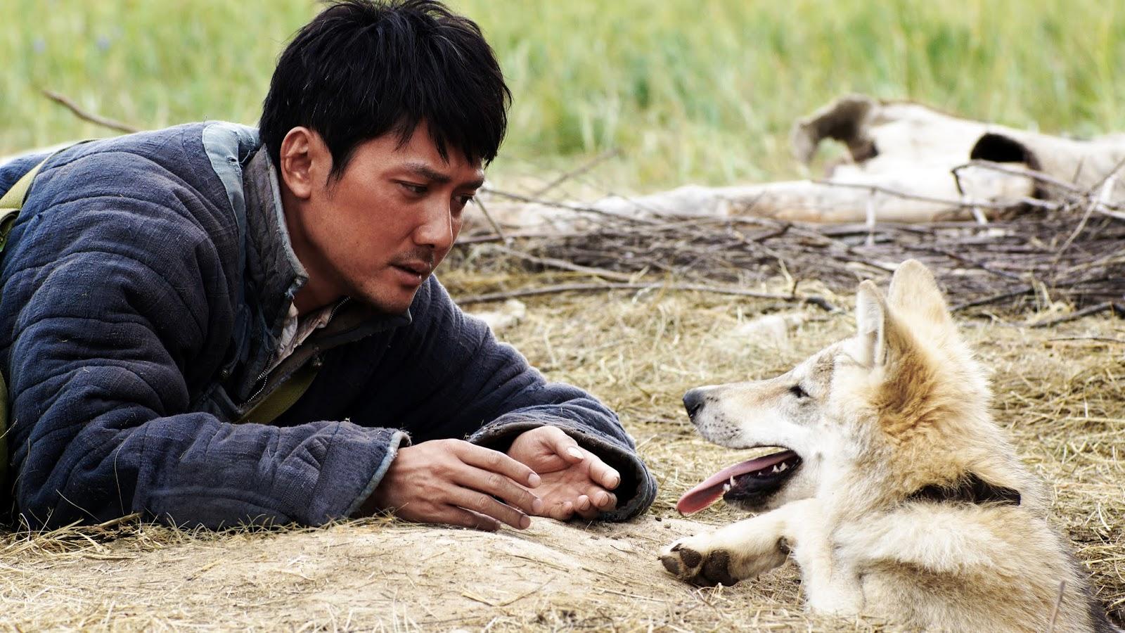 WOLF TOTEM: Tentang Gengis Khan dan Filososfi Berburu Serigala