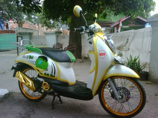 Gambar Modifikasi Motor Honda Scoopy Terbaru  MODIFIKASI