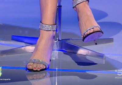 Antonella Fiordelisi piedi foto Scherzi a Parte 19 settembre