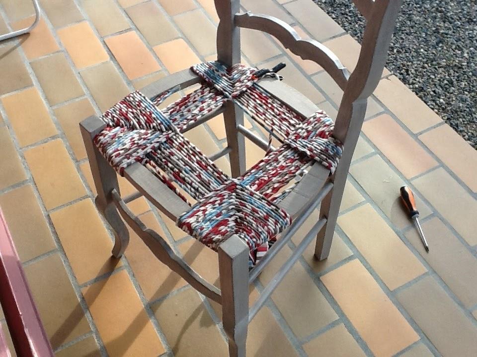 k roll rempaillage de chaise avec du tissu. Black Bedroom Furniture Sets. Home Design Ideas