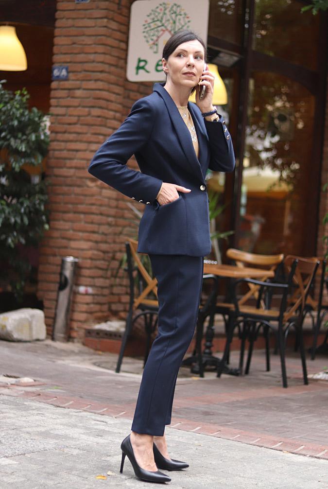 Garnitur moda damska minimalissmo