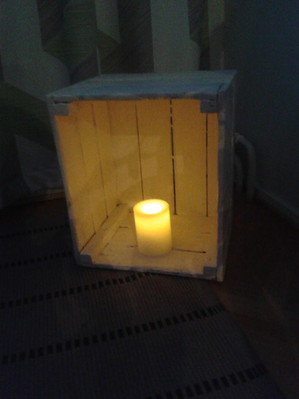 paristolla toimiva kynttilä
