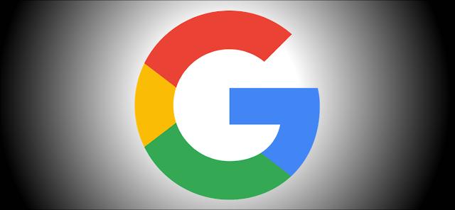 شعار Google على خلفية سوداء
