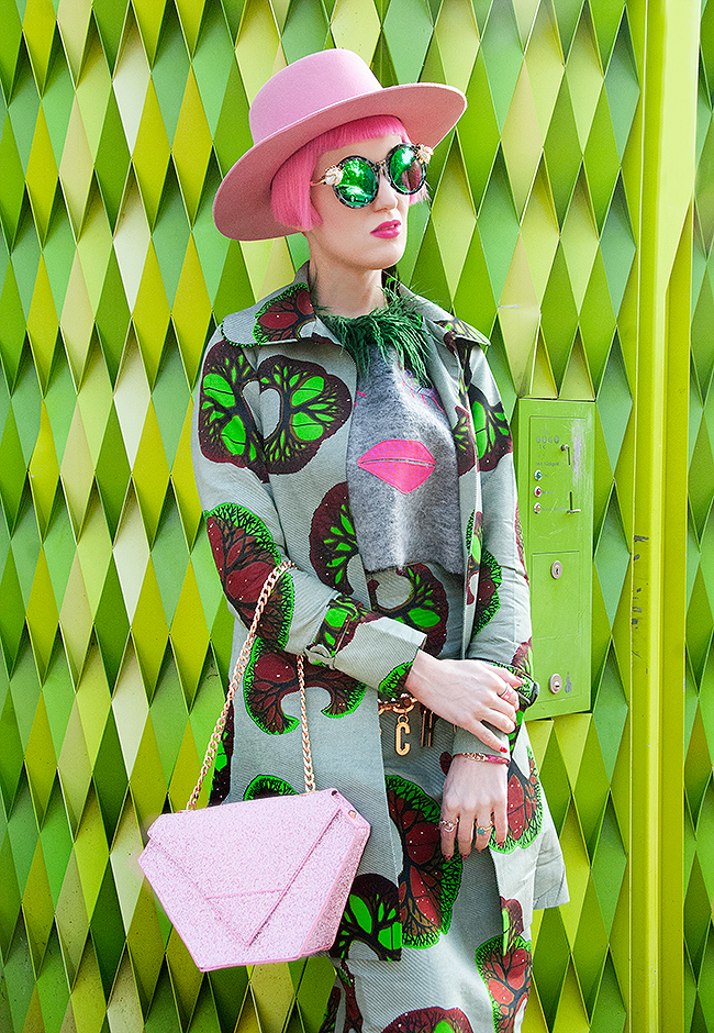 Sara is in Love with… Swiss Fashion blogger African Fashion pink hair influencer celiab maude studio lack of color moschino suit green wax print tufafii