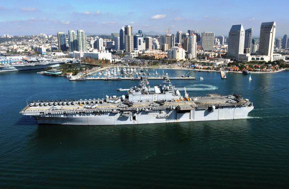 Kapal serang amfibi USS Makin Island AS