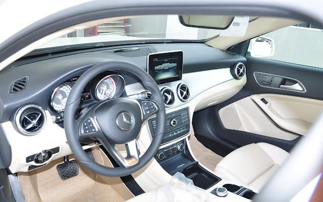 Nội thất Mercedes GLA 200 vô cùng đẳng cấp và quyến rũ