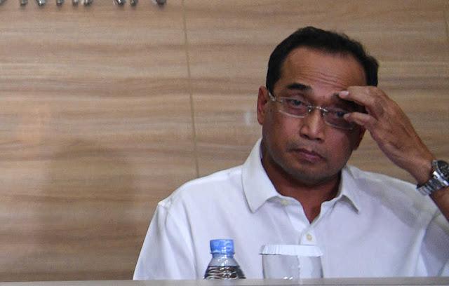 Menteri Perhubungan Indonesia Positif Terpapar Virus Corona