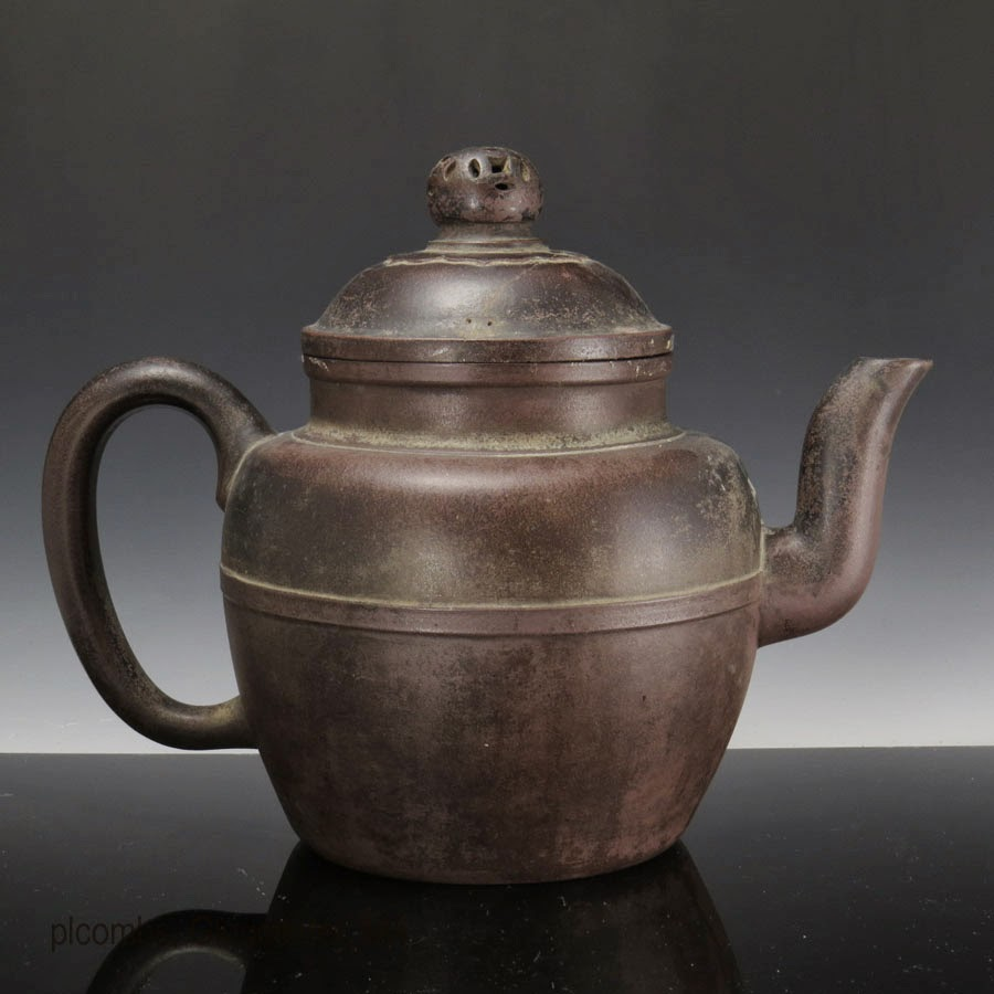 Teapot Planters: Rare Chinese Yixing Pottery Teapots, Vases And Scholar's