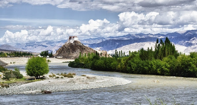 Stakna Gompa, Best Places to visit in Ladakh
