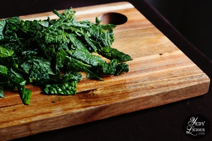 Kale and Almond Pesto Easy Recipe, How To Make Pesto Sauce From Scratch, Kale Almond Pesto Pasta Recipe, Healthy Pasta Recipe, Vegetarian Recipe, Kale Recipe, How To Cook Prepare Kale, Organic Pesto Pasta Recipe, Recipe Using Organic Produce, Organic Veggie Mommies, Where To Buy Organic Produce Vegetable Fruits in Manila Philippines, Best Top Food Blog on Easy Recipe, Top Best Food Blog in Manila Philippines YedyLicious Manila Food Blog Copyright Yedy Calaguas