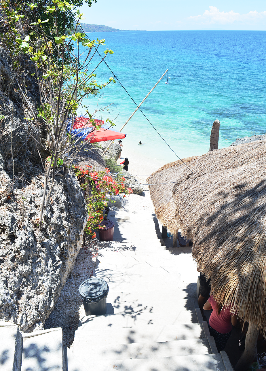 Weekend Day Trip to Cangcua-ay Private Beach in Oslob