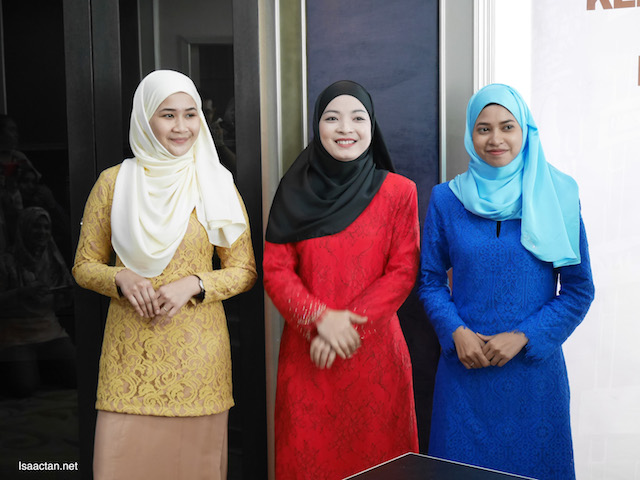 Baju Kurung from Jakel for the voters in Tanah Merah Parliament