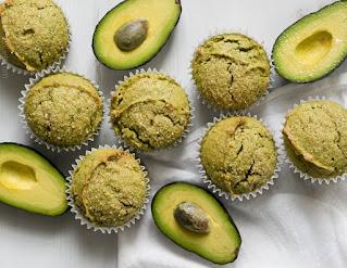 Cách làm bánh muffin bơ đào - avocado peach muffin 1