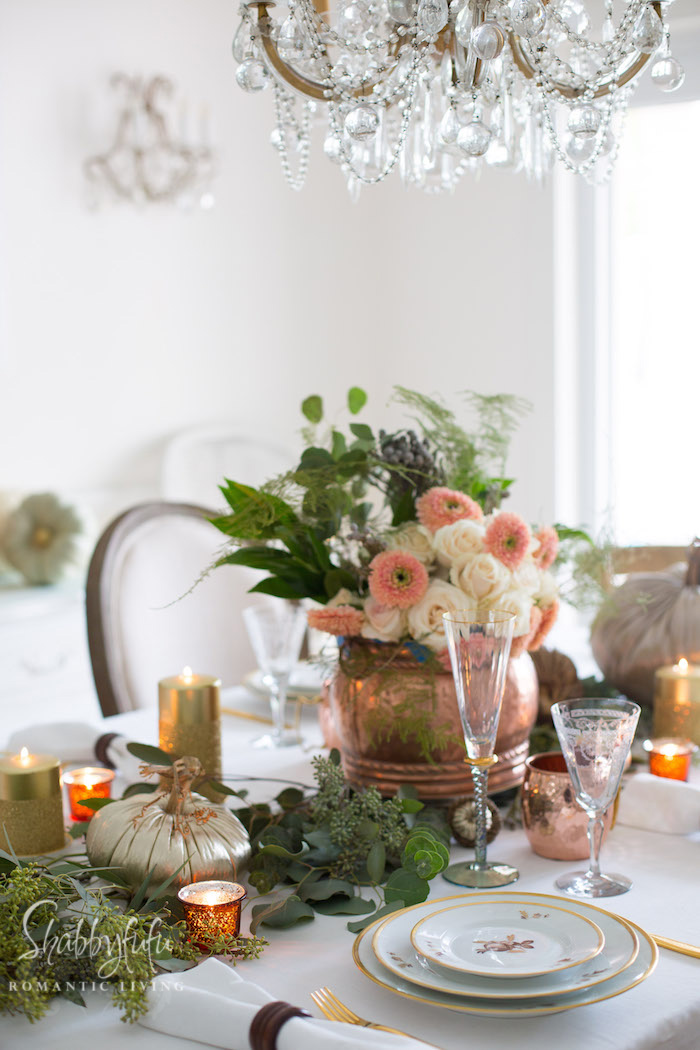Thanksgiving Entertaining thanksgiving table setting - decor and centerpiece | shabbyfufu