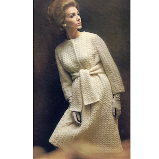 Knitting pattern for ankle length coat with waist ties