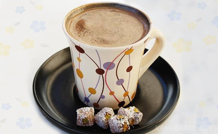 sütlü türk kahvesi faydaları, sütlü türk kahvesi nasıl yapılır şekerli, sütlü türk kahvesi bol köpüklü, sütlü türk kahvesi nasıl yapılıyor, sütlü türk kahvesi nasıl olur - www.kahvekafe.net