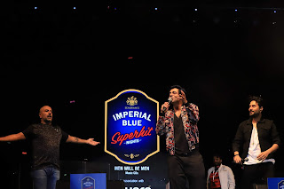 Adding laughter to itstune(s), Imperial Blue Superhit Nights rocks Jaipur