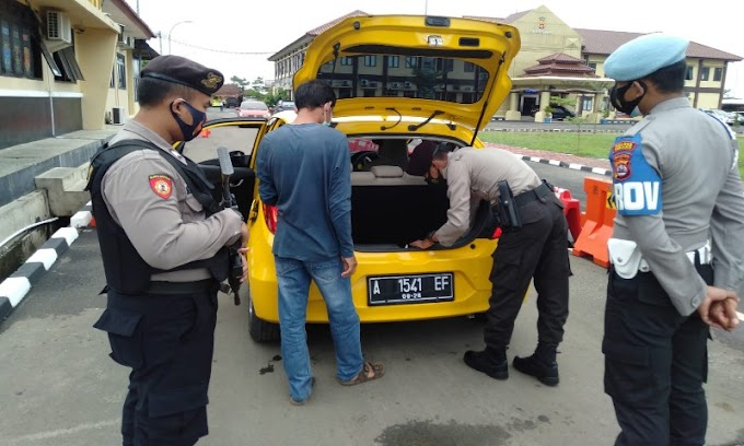Tingkatkan Keamanan, Polres Serang Periksa Setiap Pengunjung