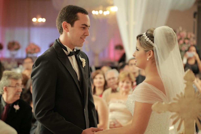 cerimonia-noivos-troca-aliancas
