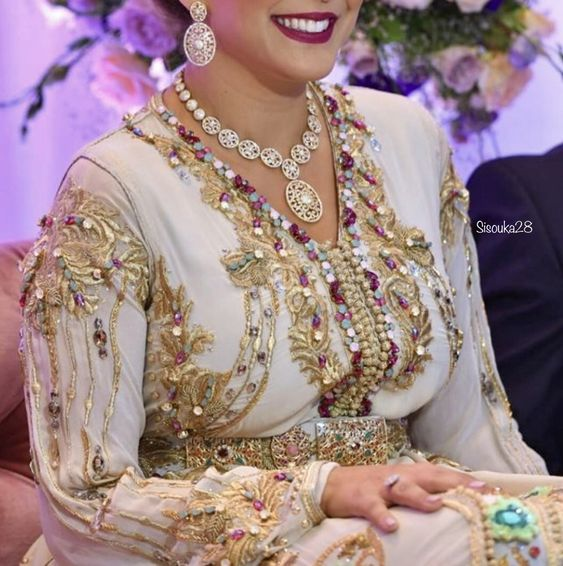 caftan beige mariage haute gamme 2020 lyon