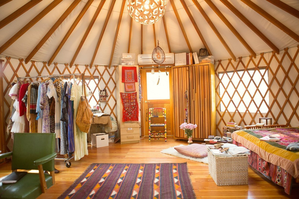 Home Office In Living Room Moon To Moon The Yurt Of Erin Tavin And Nathan Stein