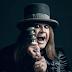 "[News]Ozzy Osbourne lança novo álbum ""Ordinary Man""."