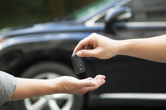 Tips Cerdas dan Teliti Ketika Membeli Mobil Bekas Agar Tidak Tertipu