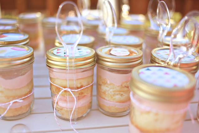 Mason Jars Cake Recipes: Pink Balloons And Macarons: Mason Jar Love
