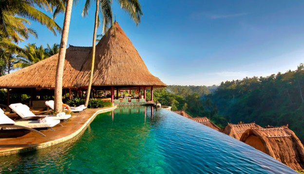 How To Achieve A Luxury Holiday Within An Affordable Budget?
