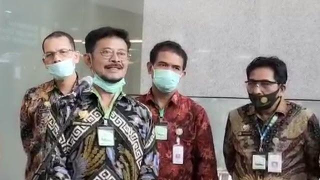 Belasan Pegawai Kementan Terpapar Covid-19, Pengamat: Bukti Kalung Anti Corona Bukan Penangkal Virus