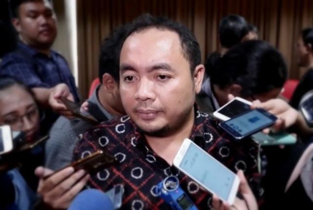 Bawaslu Larang Atribut Ganti Presiden di Pendaftaran Capres