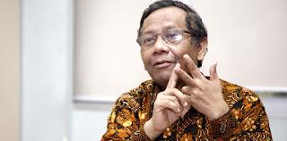 "Dituding Main ""Cilukba"", Mahfud MD: Akrobat Hukum Djoko Tjandra Sudah Dimulai 2009!"