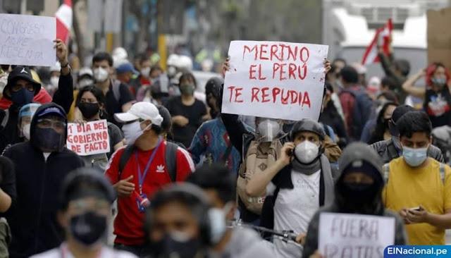 Segundo día de protestas contra gobierno de Merino