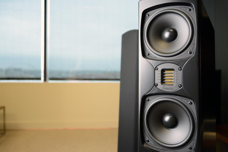 Merakit bass pada speaker butuh keahlian khusus