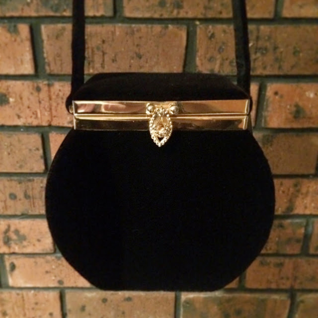Vintage black velvet box evening bag