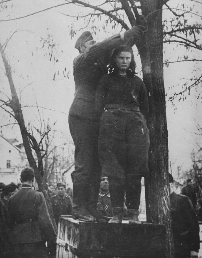 #21 When Nazis Asked Lepa Radic Who Were Her 'Accomplices' Before They Hanged Her She Responded: 'You'll Know Them When They Come To Avenge Me.' Young Serbian Girl Was Hanged At The Age Of 17 Near Gradiska In 1943. During The Battle Of Kozara, She Lost Her Father, Brother (15) And Her Uncle