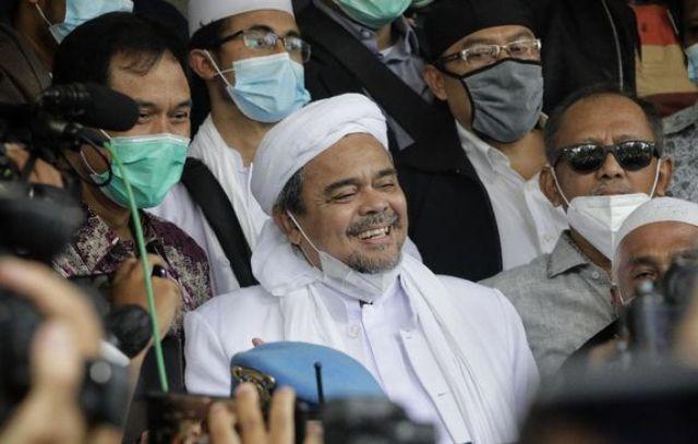 Habib Rizieq Membuat Suasana Rutan Bareskrim Menjadi Seperti Pesantren