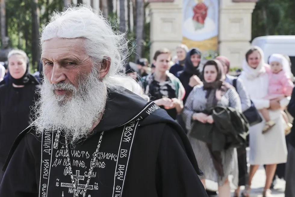 Kodėl 77 Bruklino sinagogoje ėmė nerimauti dėl įvykių Rusijos moterų vienuolyne?