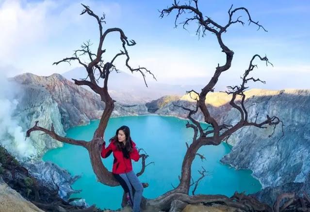 the beauty of ijen crater