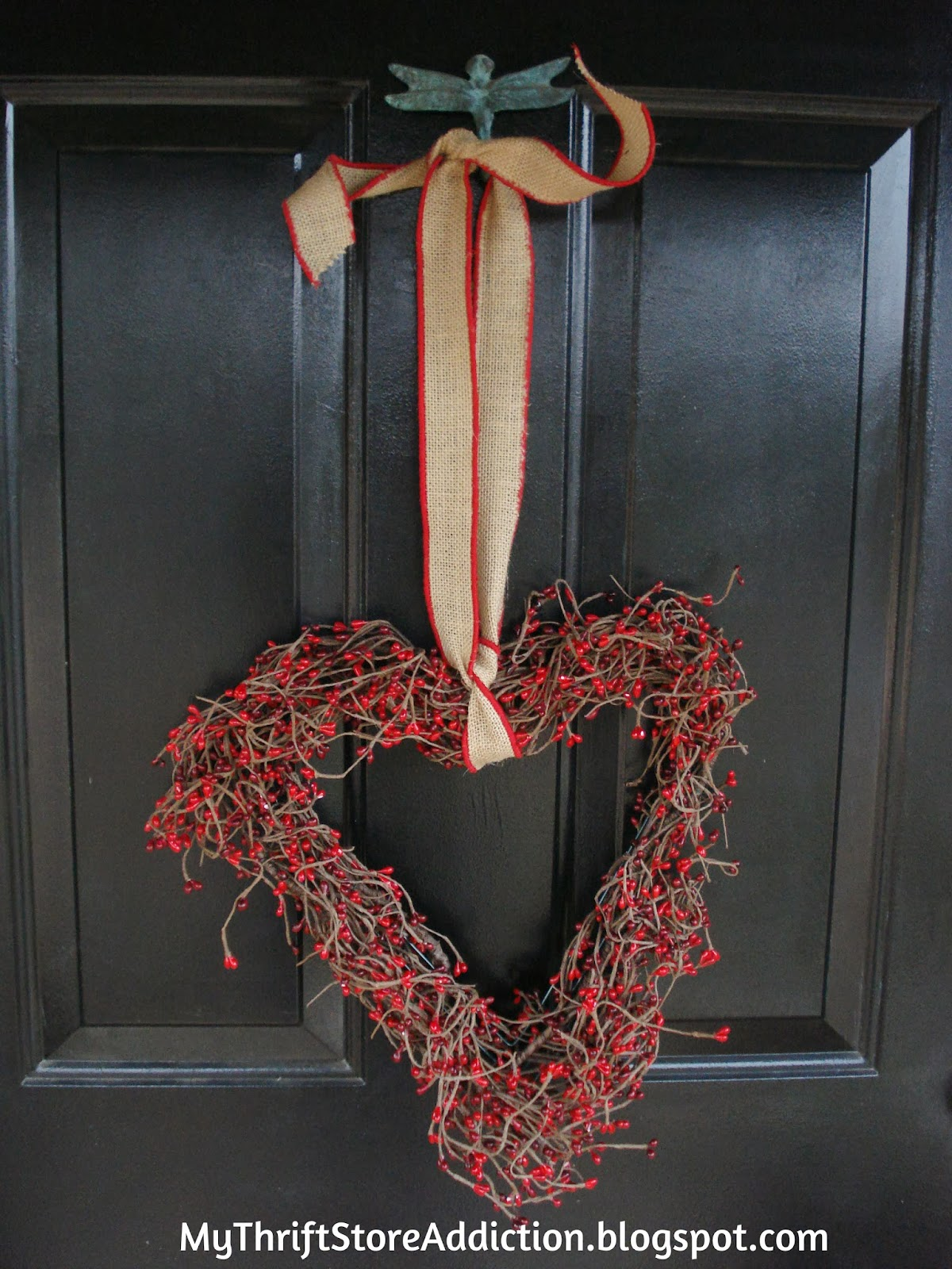 DIY heart shaped wreath tutorial