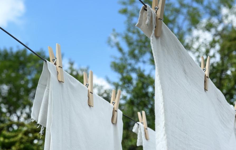 cara merawat dan memutihkan baju putih