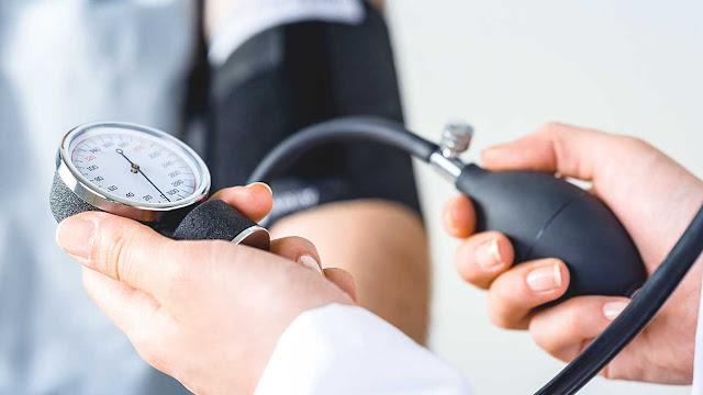 أفضل طرق طبيعية لخفض ضغط الدم