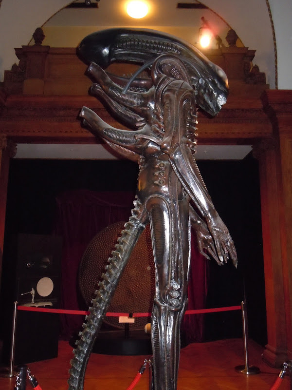 Original Alien replica side view