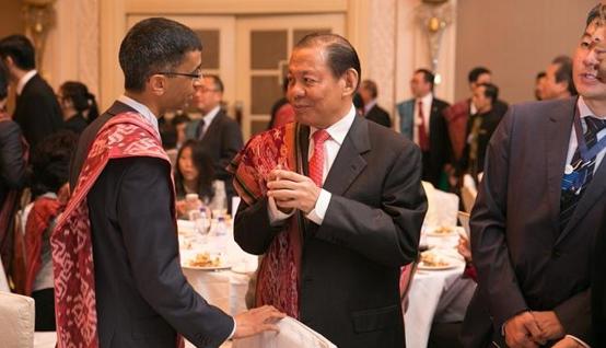 Belajar Merintis Bisnis dari Pendiri Royal Golden Eagle, Sukanto Tanoto