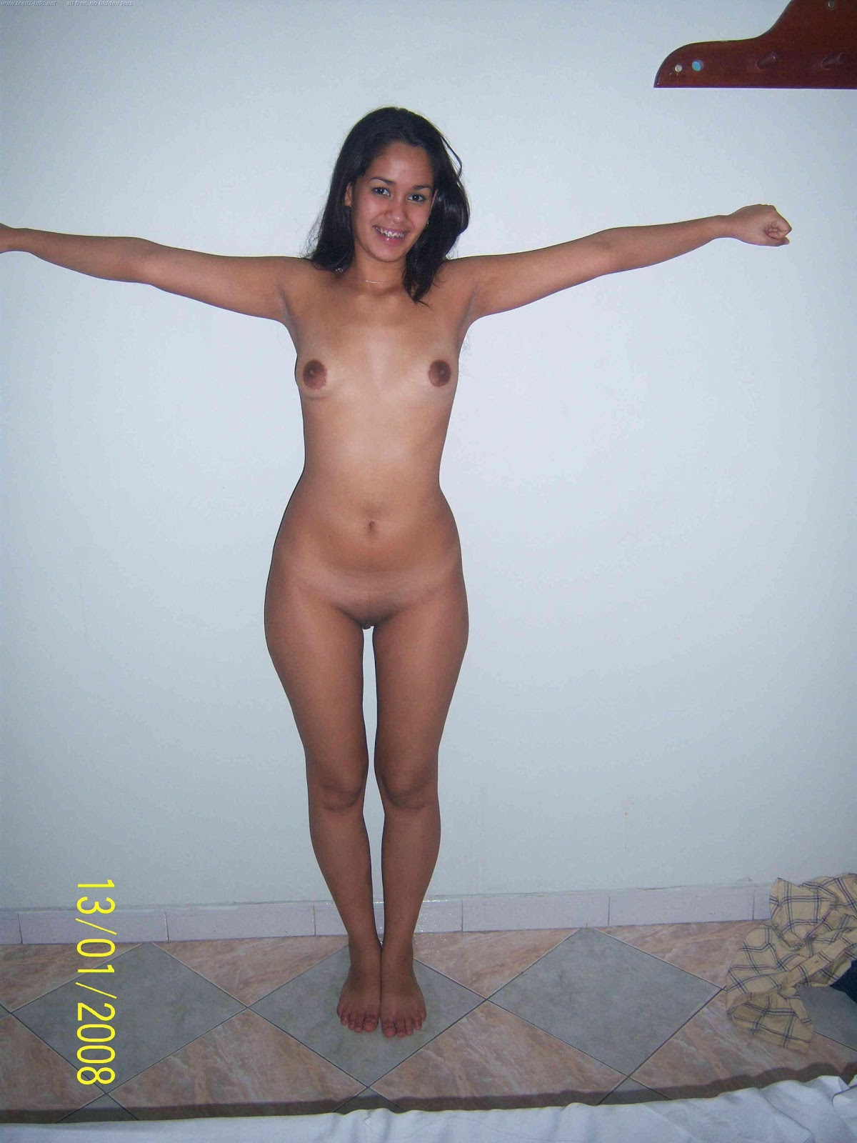 Newzuland girl naked photo