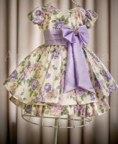 vestido de festa floral lilás