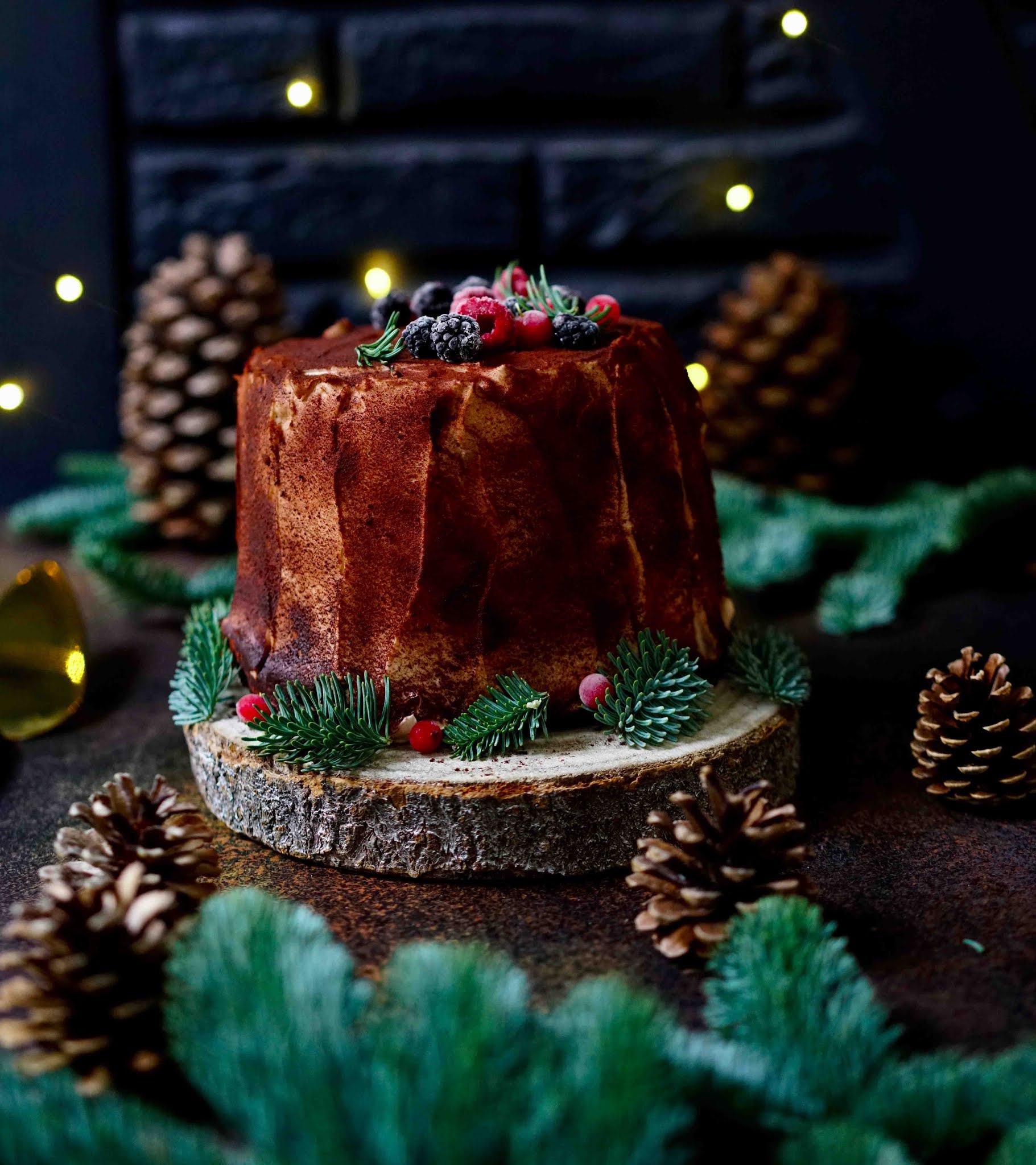 dessert de noel , gâteau roulé , cassis , marrons