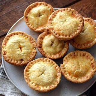 Receta para preparar pastel de polvorosa de pollo