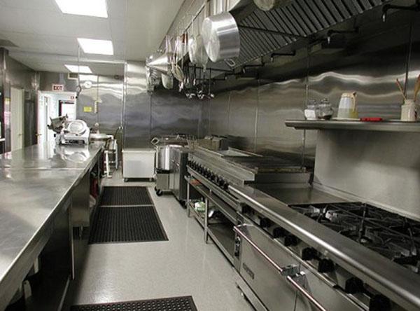 Thanh lý bếp nhà hàng ở chợ đồ cũ